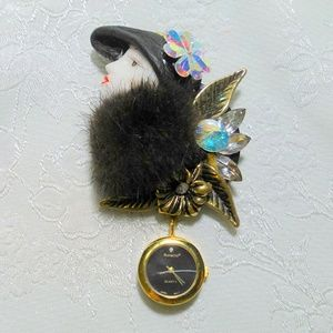 Vintage Mink Trimmed  Figural Brooch Lapel Watch